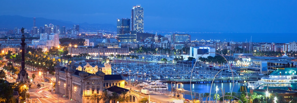 Barcelona ciudad, disfruta navegando por los alrededores